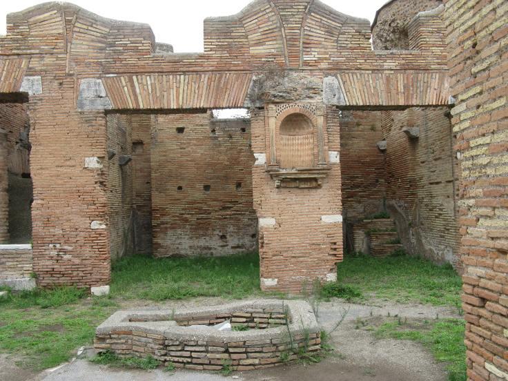 Casa del Larario